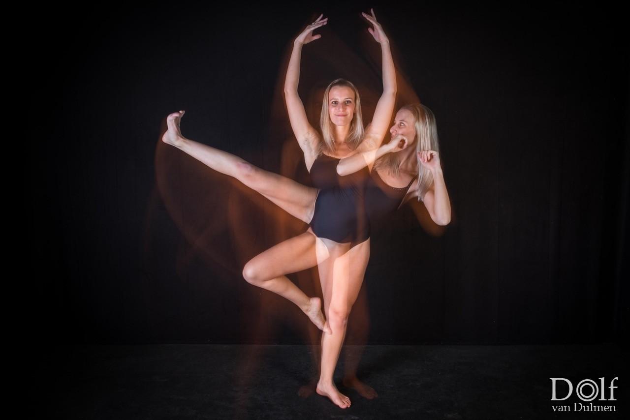 * ZUM BA LET * super shoot met Pien van Gassel, combinatie tussen elementen van zumba en ballet.