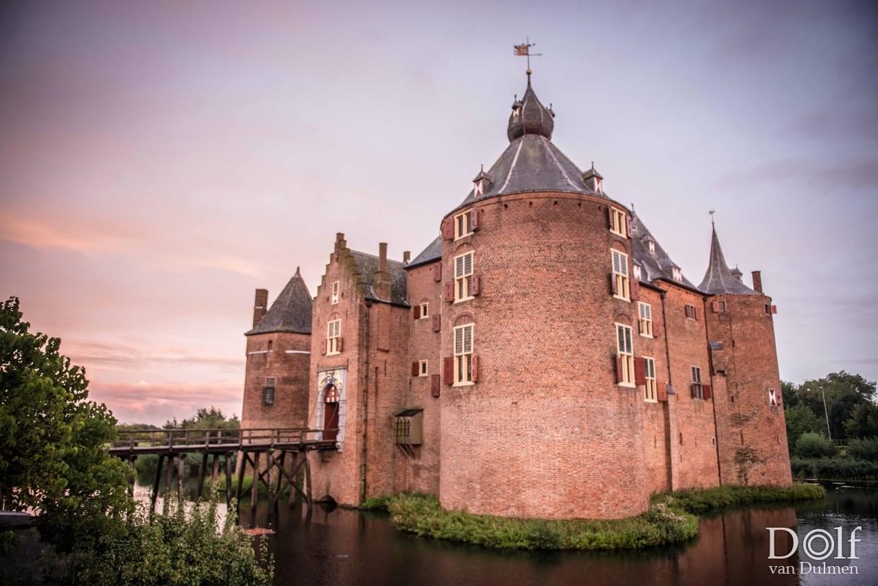 * KASTEEL AMMERSOYEN * Weer even terug op het kasteel waar ik als klein jongetje ben opgegroeid. Koetshuis Kasteel Ammersoyen.